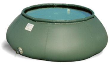 flexible tank with a circular section suitable to contain water and fuels